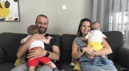 İzmir'li Çiftin Koruyucu Aile Mutluluğu