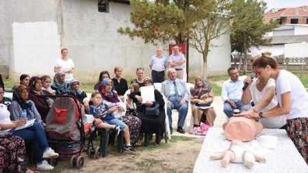 Tekirdağ'da Köylülere İlk Yardım Eğitimi