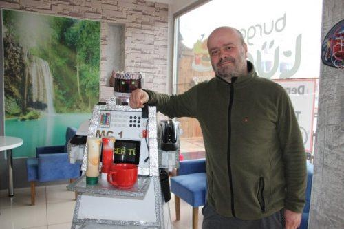 Bu Kafede Servisi Robot Yapıyor