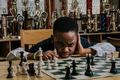 8 Yaşındaki Mülteci Çocuk Şampiyon Oldu