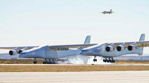 Dünyanın En Büyük Uçağı İlk Uçuşunu Yaptı