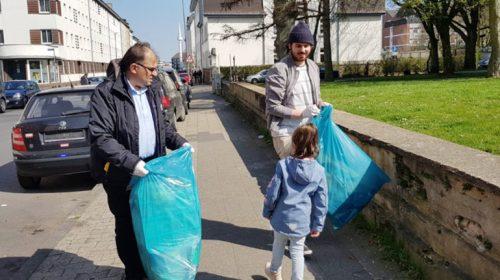 Aachen'de Türkler'den Örnek Hareketi