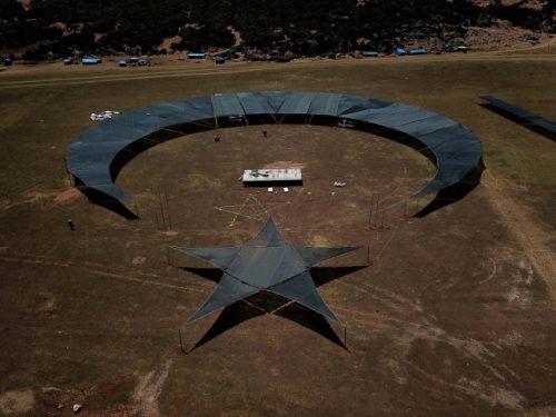 Hatay'a 12500 Metrekarelik Alan Üzerine Ay-Yıldız Figür