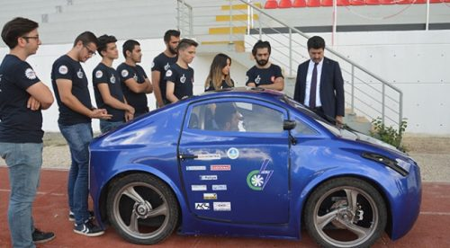 Üniversite Öğrencilerinden Elektrikli Otomobil