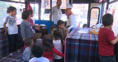 Mobil Anaokulu Mamak Sokaklarında Hizmet Veriyor