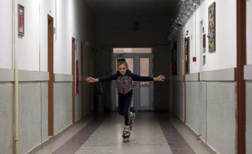 Görme Engelli Evelina'nın Paten Tutkusu
