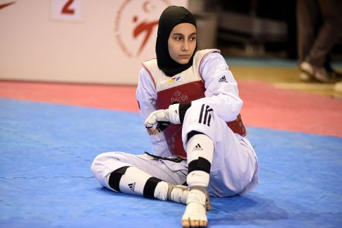 Taekwondo Peşinde Bir Genç Kız: Şampiyon Meryem İyin Röportajı