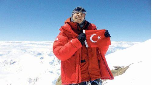 Türkiye'nin İlk Kadın Kar Leoparı