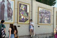 İstinat Duvarları Dünyaca Ünlü Tabloların Replikalarıyla Süslendi
