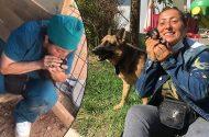 Köpek Yavrularını Suni Teneffüsle Hayata Döndürdü